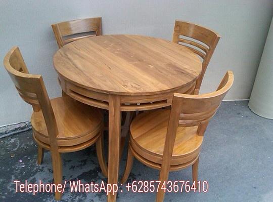 meja makan minimalis bundar.jpg